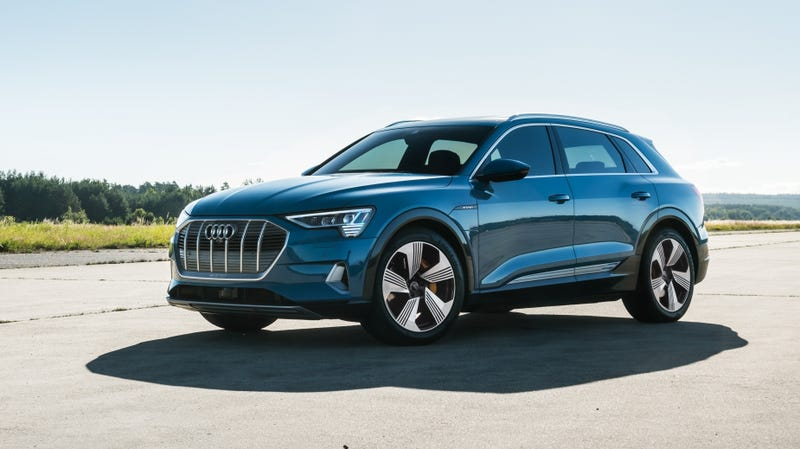 Illustration for article titled The 2019 Audi E-Tron's Range Is Pretty Disappointing At 204 Miles