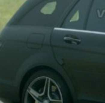 Illustration for article titled Spy Photos: Mercedes C63 AMG Wagon