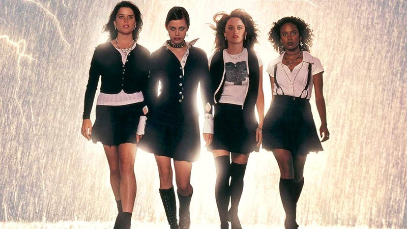 Illustration for article titled Spellbinding Witch Movie The Craft Turns 18. Let's Have a Gif Party!