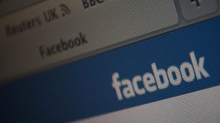 Illustration for article titled Ahead of IPO, Facebook Demands Dismissal of Ownership Suit