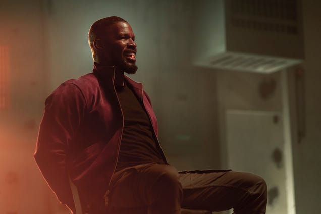 Forgettability is the superpower of Netflix's new Jamie Foxx vehicle Project Power
