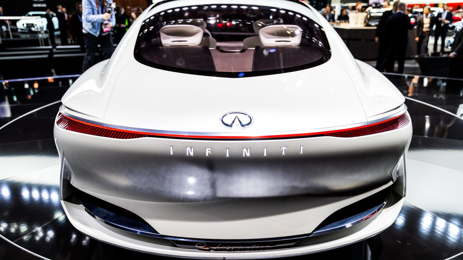 infiniti to go electric and hybrid after 2021  leaving radical engine plans up in the air