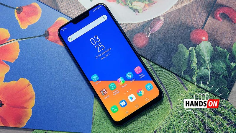 Illustration for article titled Asus Basically Made a More Affordable iPhone X Ripoff with Android