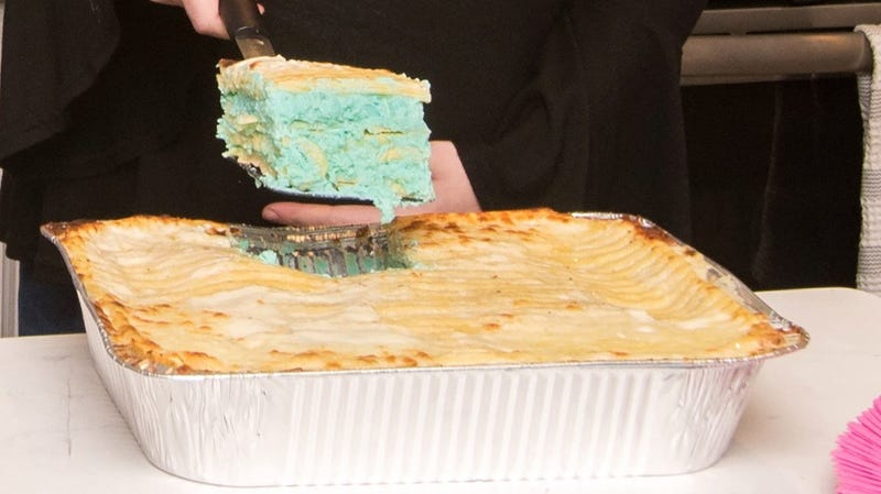Illustration for article titled Why Yes, I'd Eat This Gender-Revealing, Food Colored Cheese Lasagna