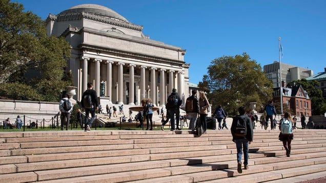 Report: Just Go Ahead And Tell Yourself Bribery Is The Only Reason You Didn't Get Into Columbia