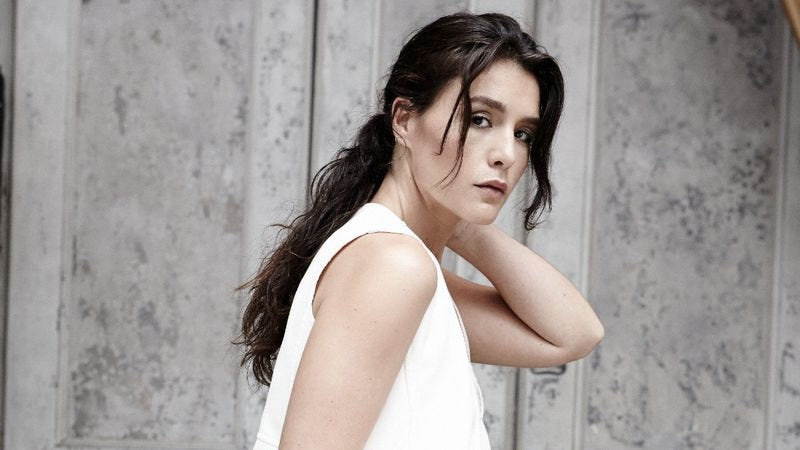 Illustration for article titled With her dreamy sophomore effort, Jessie Ware continues to impress