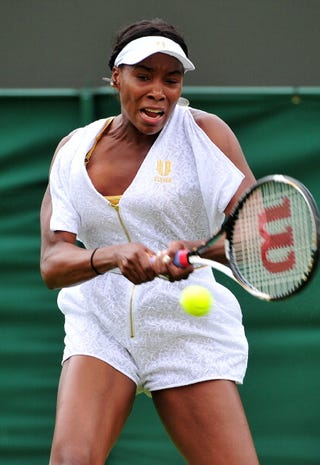 Venus Williams' tennis outfit is the center of focus at Wimbledon.