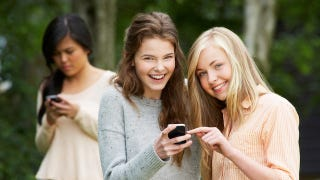 Illustration for article titled Sexting Is the Panic du Jour, but Are Teens Really Having More Sex?