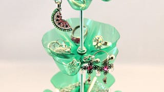 Illustration for article titled Make a Jewelry Stand Out of Plastic Soda Bottles