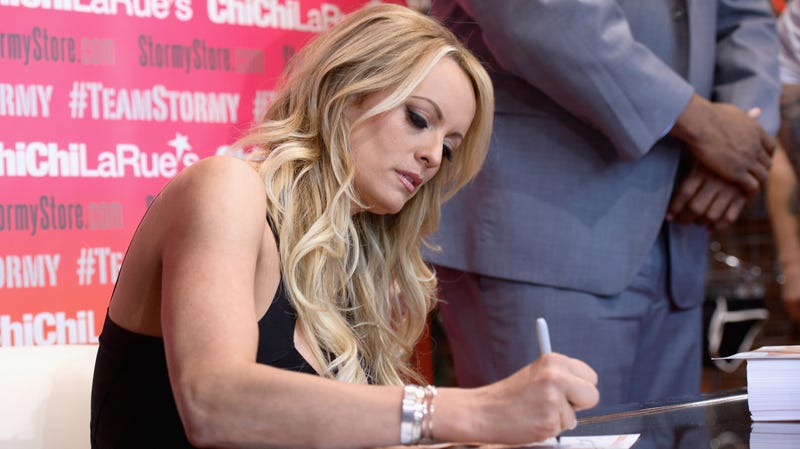 Illustration for article titled Charges Against Stormy Daniels Dropped After Ohio Strip Club Arrest [Updated]
