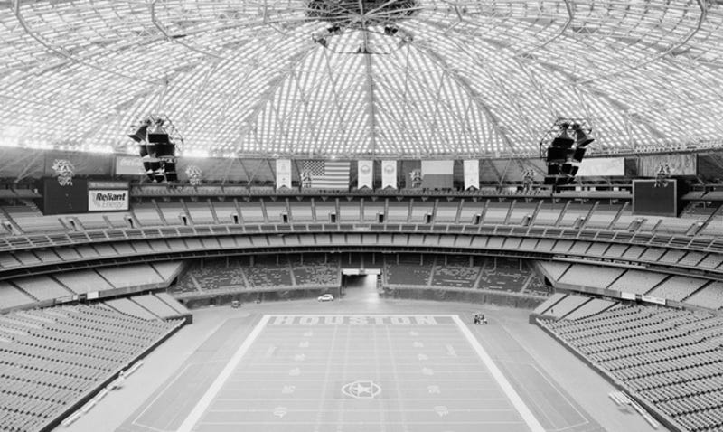 Illustration for article titled The Astrodome Is Now In The Historic Register, Still Might Be Doomed