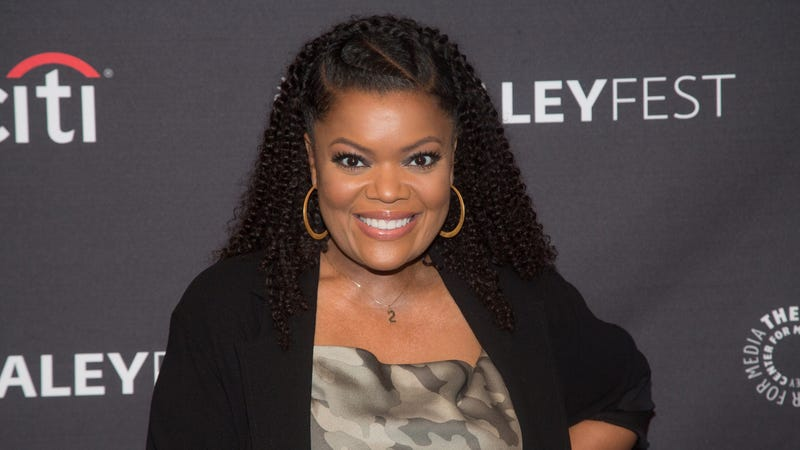 Illustration for article titled AMC names Yvette Nicole Brown as interim guest host for Talking Dead