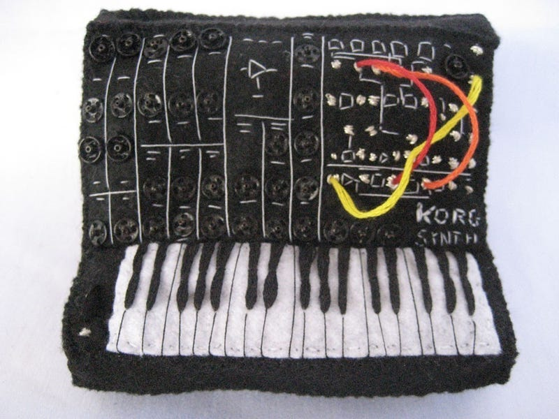 Illustration for article titled Miniature Synthesizer Replicas Cast in Felt Will Rock Your Tiny Mind