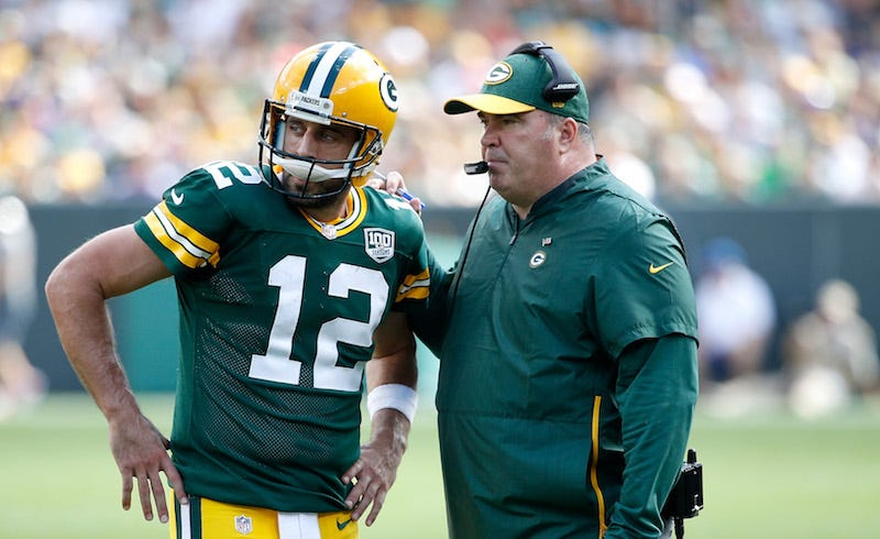 Illustration for article titled Aaron Rodgers Is Taking Shots At Mike McCarthy Again