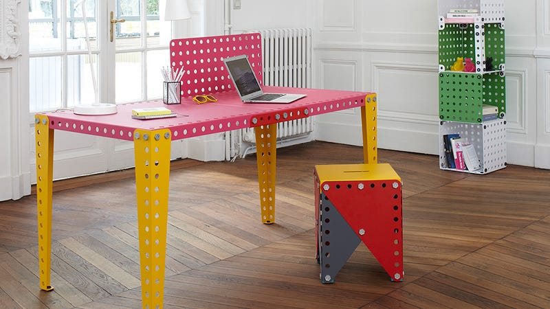 Illustration for article titled Giant Meccano Home Pieces Let You Build Whatever Furniture You Need