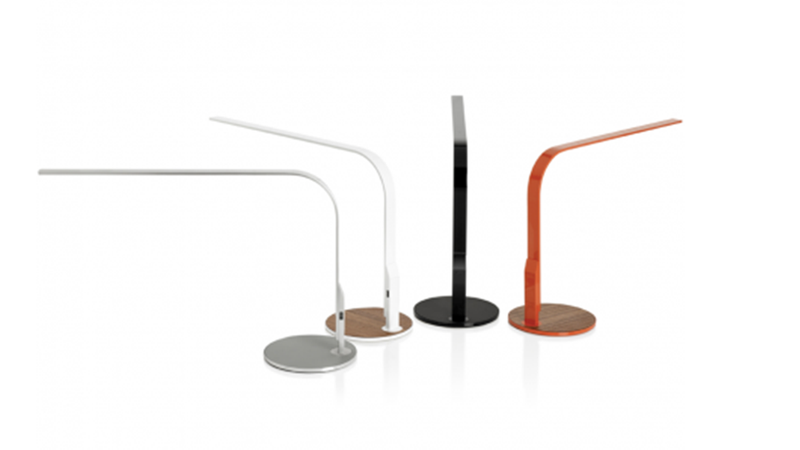 Illustration for article titled Spin This Desk Lamp All the Way Around