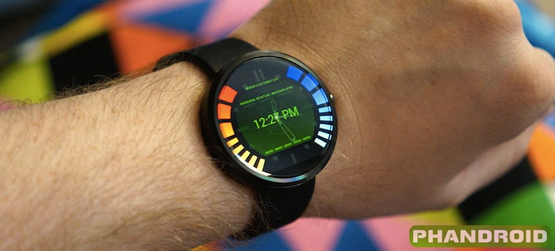 Illustration for article titled This N64 GoldenEye Watch Face Is the Best Reason To Buy the Moto 360