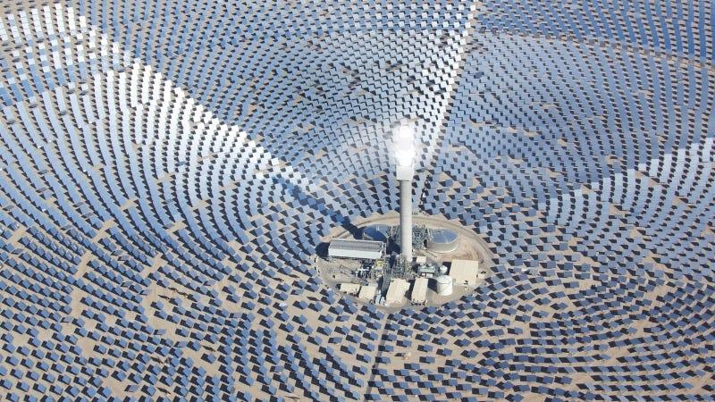 La planta solar más potente del mundo producirá electricidad al nivel de una central nuclear