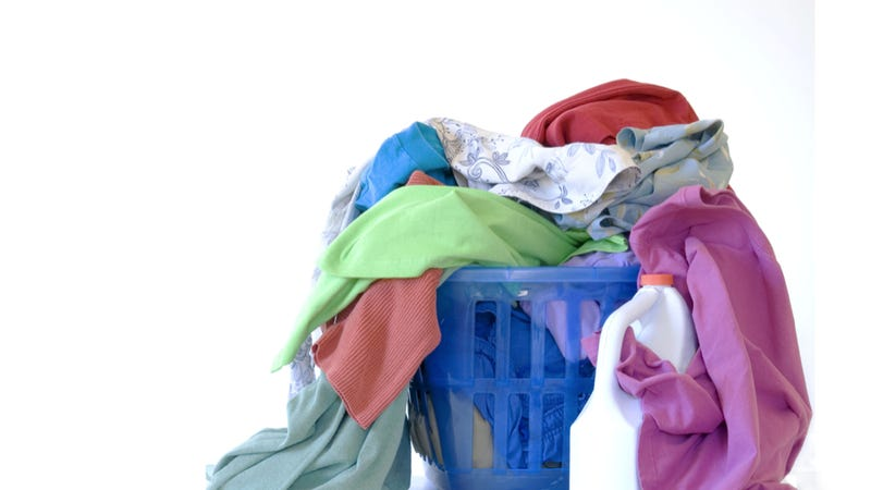 Illustration for article titled Self-Cleaning Cloth Keeps Your Shirts Bacteria-Free With Pure Sunlight Power