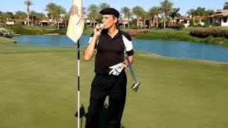"""Illustration for article titled """"Singer Michael Bolton Hits Hole-In-One,"""" Writes Man Who Hired Sarah Phillips"""