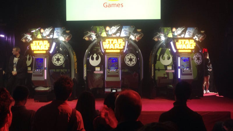 Illustration for article titled Take a Look at the First New Star Wars Arcade Game in Years