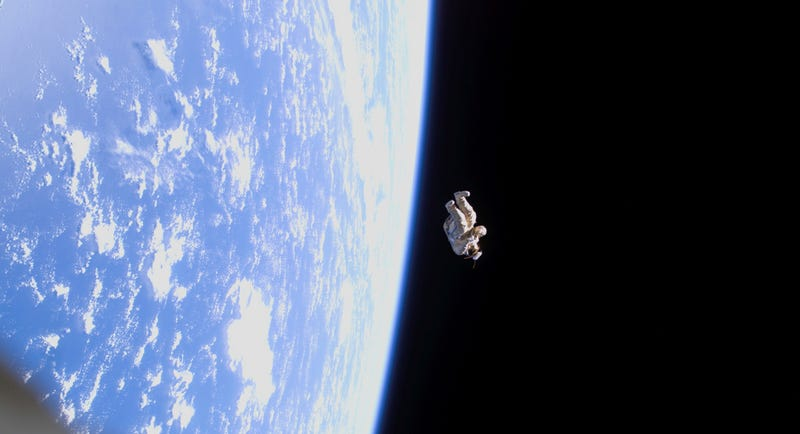 Illustration for article titled This looks like the Russians threw a dead astronaut out of the airlock…