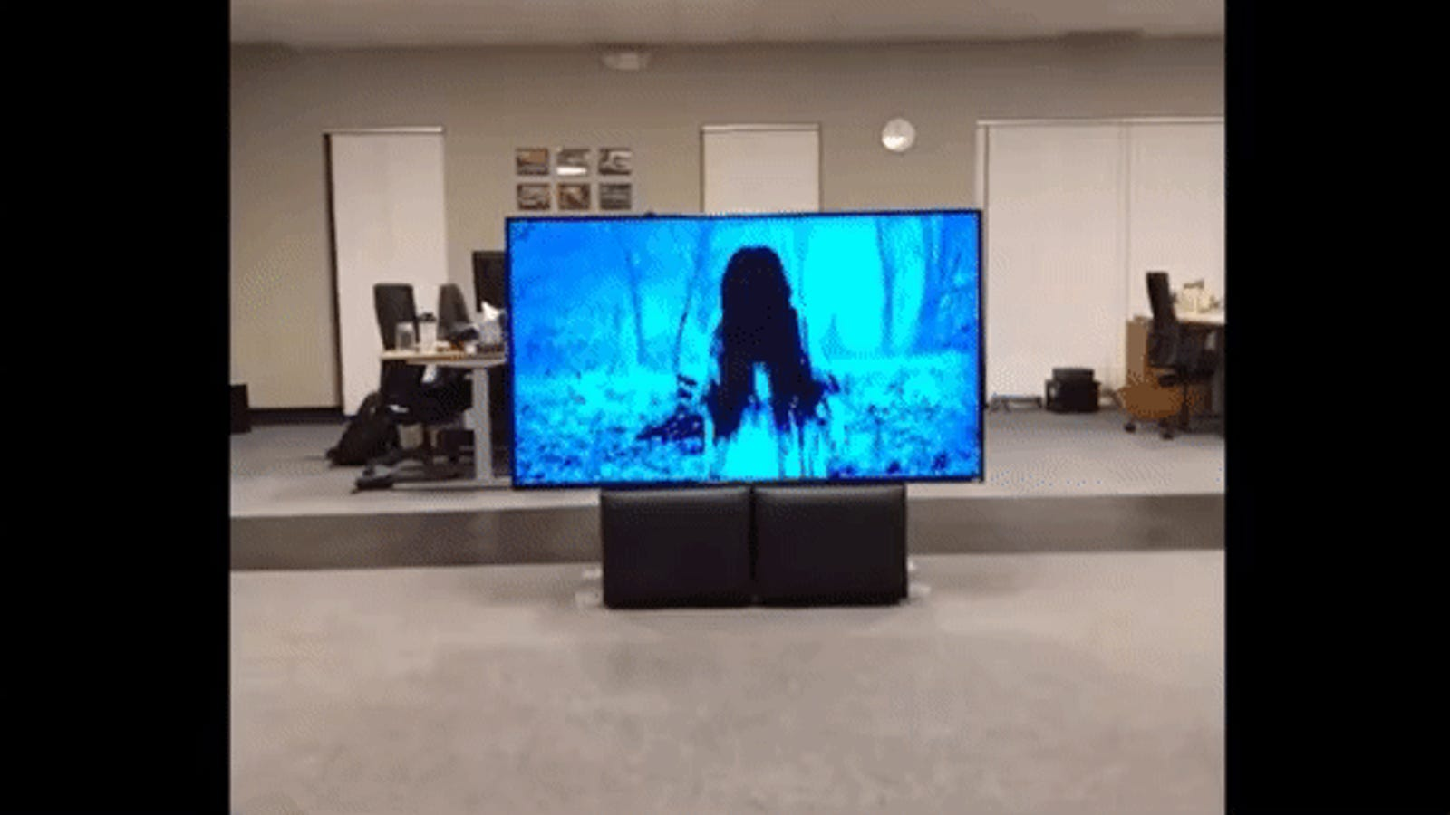 Watching That Girl From The Ring Crawl Out of a TV in AR Just Ruined My Day