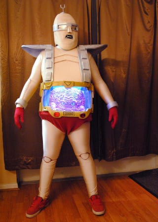 Illustration for article titled Krang cosplay is the greatest Ninja Turtles cosplay