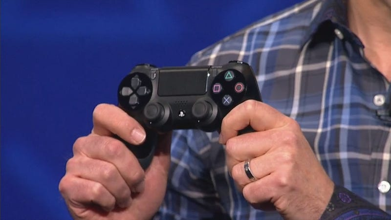 Illustration for article titled A Man Who Has Used the PS4's New Controller Tells Us Why It's Better