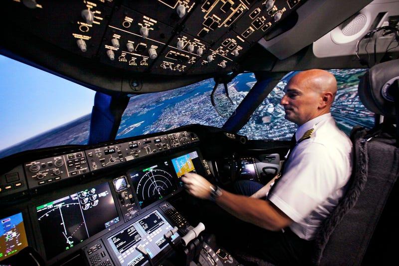 Illustration for article titled Los aviones comerciales del futuro podrían tener un solo piloto