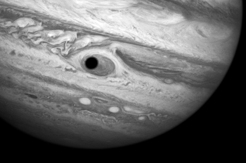 Illustration for article titled What Caused This Creepy Hubble Telescope Image of Jupiter's Red Spot?