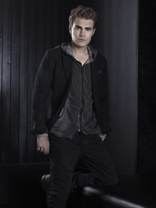 Illustration for article titled Vampire Diaries Season 3 Cast Promo Photos