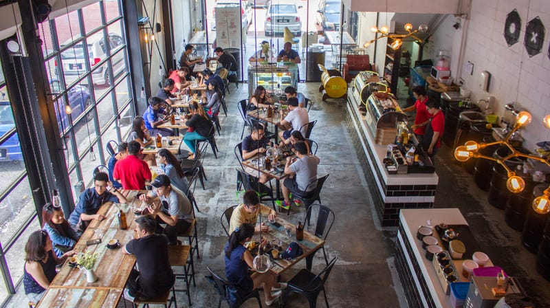 How to Get a Table at a Busy Restaurant Without Bribery