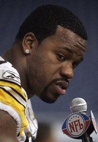 Illustration for article titled Do Not Disrespect Joey Porter's Dogs