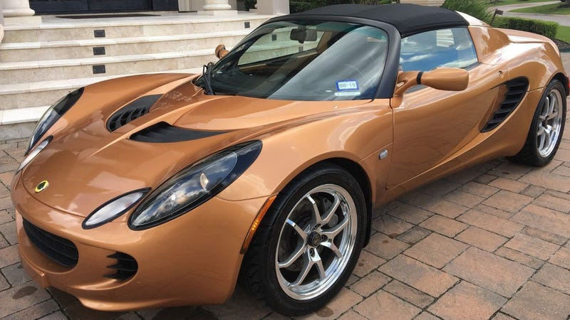 Illustration for article titled Buy This Beautiful Bronze Lotus Elise Totaled Over Bumper Scratch