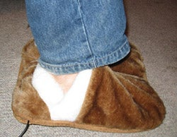 Illustration for article titled USB Heating Slippers Reviewed (Verdict: Toasty)