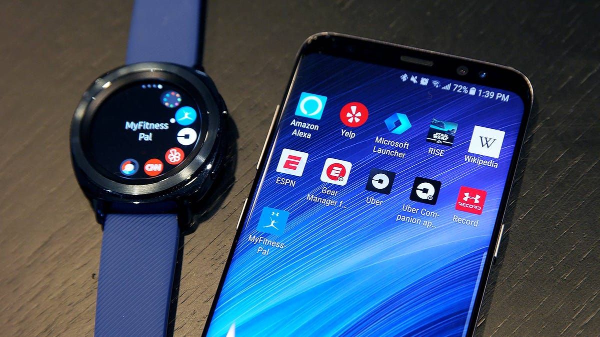 Samsung's Gear Sport Is Easier to Use Than the Apple Watch