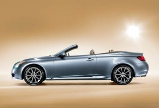 Illustration for article titled 2009 Infiniti G37 Convertible Drops Top For LA