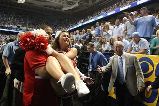 Illustration for article titled Roy Williams Doesn't Like It When Cheerleaders Cry
