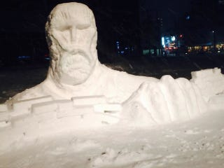 Illustration for article titled The Upside of Japan's Snow Storm? Wonderful Snow Sculptures.