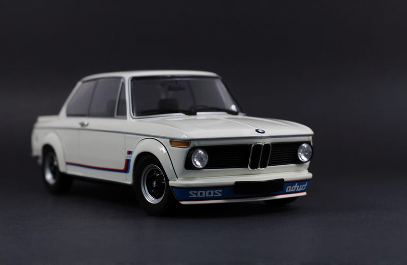 Illustration for article titled BMW 2002 Turbo in 1:18 Scale from Minichamps