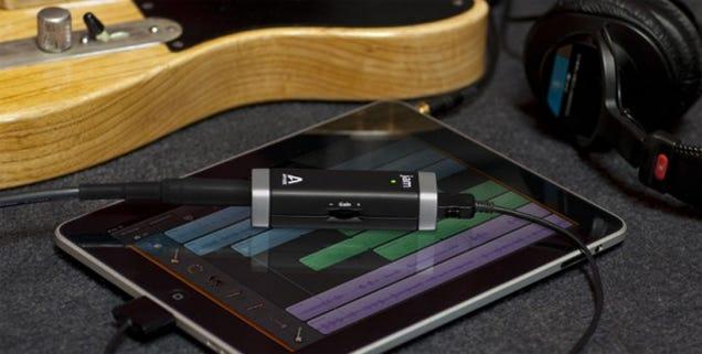 studio quality guitar input for garageband on ipad or mac costs under 100. Black Bedroom Furniture Sets. Home Design Ideas