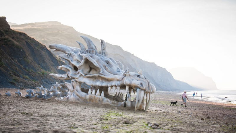Illustration for article titled Did a massive dragon just wash ashore along England's Jurassic coast?