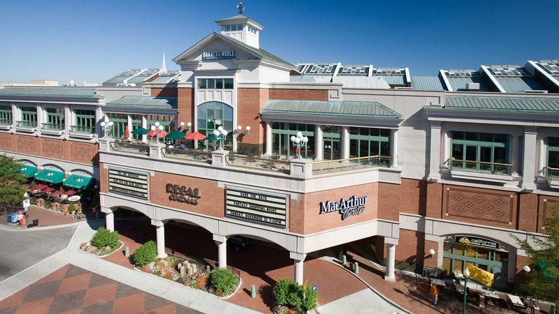 Illustration for article titled Study: Child Obesity Rates Declining, But You Wouldn't Know It Looking At MacArthur Center Mall In Norfolk, Virginia