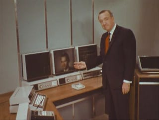 Illustration for article titled 3D-TV, Automated Cooking and Robot Housemaids: Walter Cronkite Tours the Home of 2001