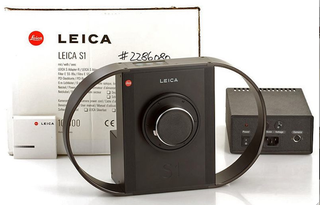 Illustration for article titled This Was Leica's First Digital Camera—20 Years Ago