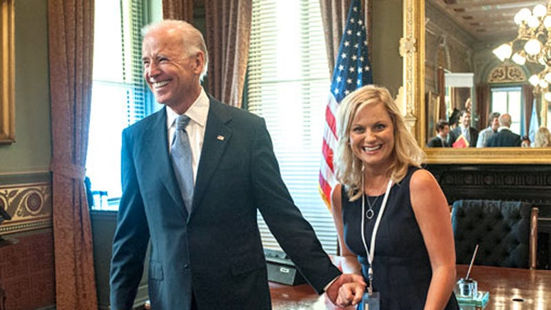 Illustration for article titled Finally: Leslie Knope Meets Vice President Biden on Parks and Recreation