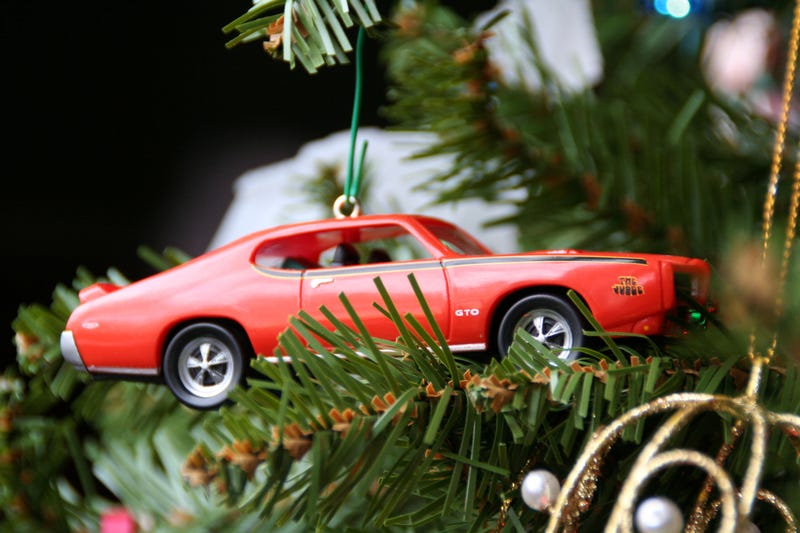 Illustration for article titled What's your favorite car Christmas ornament?