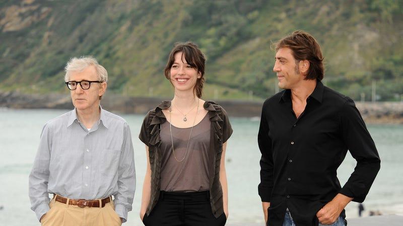 Woody Allen, Rebecca Hall, Javier Bardem promoting Vicky Cristina Barcelona in 2008. Image via Getty.