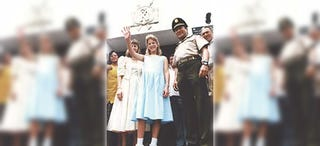 Illustration for article titled La increíble amistad por carta de una niña de 10 años de Michigan y Manuel Noriega, dictador de Panamá